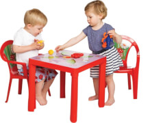 Kindertisch rot mit Aufdruck